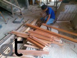 """Jasa Desain Rumah Murah Di daerah Bintaro Jaya- adalah merupakan salah satu pelayanan jasa desain rumah yang berada di Bintaro Jaya dan sekitarnya. Selain itu, kami juga melayani pelaksanaan pembangunannya di daerah JABODETABEK (Jakarta, Bogor, Depok, Tangerang dan Bekasi) dan sekitarnya. Adapun hasil karya kami yang telah kami kerjakan di berbagai tempat. Jasa Desain Rumah Tinggal Daerah Bintaro Jaya Jasa desain rumah Bintaro Jaya rumahdesaintropis.com adalah situs yang sengaja kami adakan untuk memudahkan konsumen atau bagi anda yang menginginkan hunian atau bangunan komersil dengan konsep desain yang baik, agar keinginan anda dapat terealisasi sempurna tanpa mengeluarkan biaya yang besar. Kami berkomitmen untuk selalu memberikan yang terbaik bagi semua pelanggan. Rumah desain tropis menjunjung tinggi profesionalitas dalam pekerjaan sehingga Anda sebagai konsumen kami akan mendapatkan kepuasan yang maksimal. Berkat dukungan dan kepercayaan Anda, kami telah menjalankan beberapa pekerjaan rumah tinggal, komersil, dan landscape dalam skala kecil, sedang dan besar. Pengguna jasa kami datang dari berbagai kalangan, baik perorangan maupun perusahaan swasta atau instansi pemerintah. Urusan """"Konsultan dan Kontraktor rumah tinggal dan bangunan komersil anda, percayakan pada kami. Sebagai pertimbangan, berikut adalah kelebihan yang akan Anda peroleh ketika menggunakan jasa """"rumahdesaintropis"""" : Jasa desain dan pelaksanaan – Mengutamakan profesionalitas tinggi dan bertanggung jawab pada pekerjaan – Tepat dan cepat dalam memberikan solusi serta dalam pengerjaan project – Unggul dalam menciptakan karya seni berkualitas tinggi – Desain dapat disesuaikan dengan kebutuhan dan permintaan klien – Ditangani tenaga ahli yang profesional dan berpengalaman dibidangnya Rumah desain tropis siap mengerjakan: – Desain rumah tinggal dan bangunan komersil – Pelaksanaan bangunan rumah tinggal dan bangunan komersil – Jasa konsultasi – Maintenance bangunan – Pembuatan kolam renang – Pembuatan R"""
